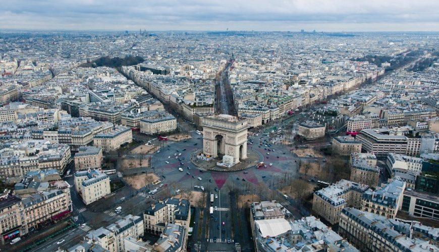 Travel to Paris with Viajeras