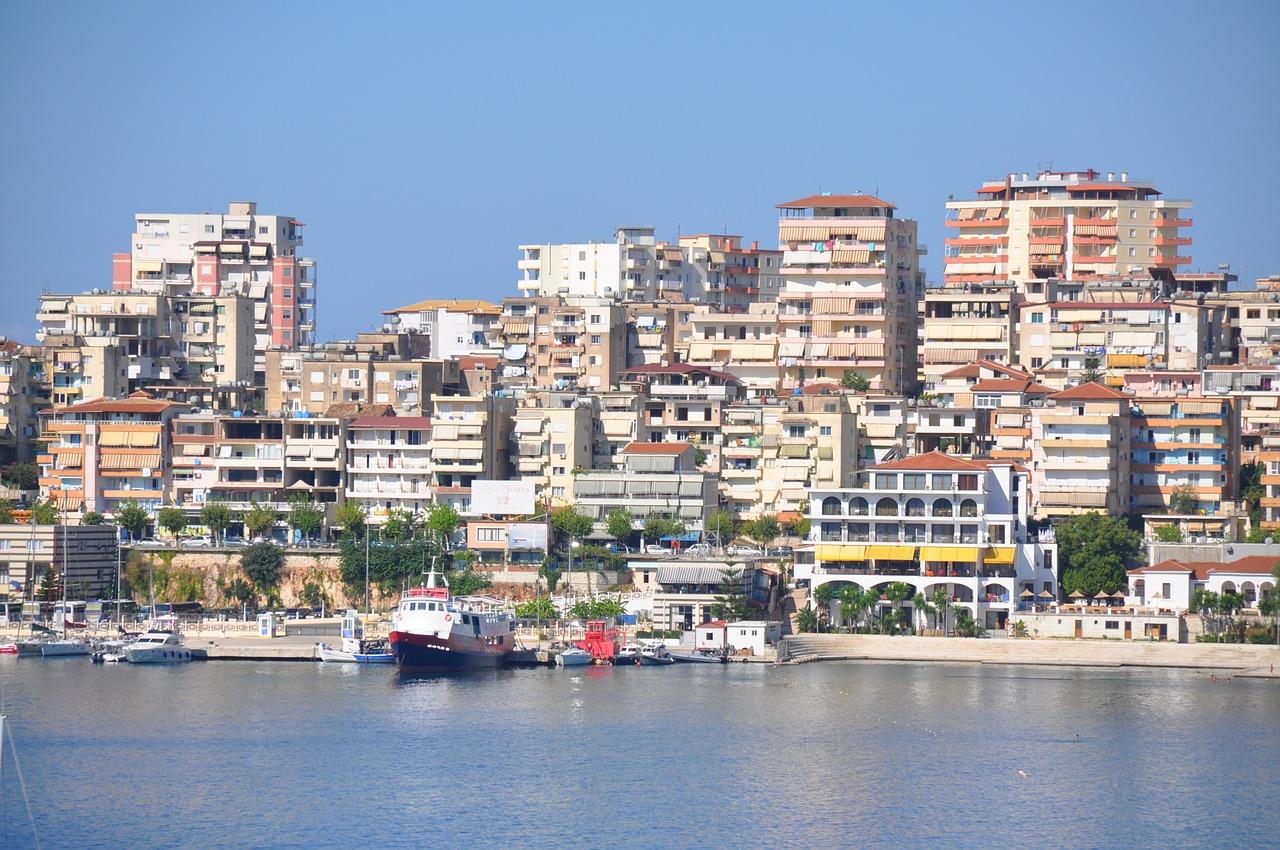 Travel to Sarande in Albania | viajeras.com