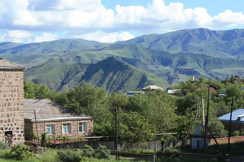 Travel to Yeghegnadzor