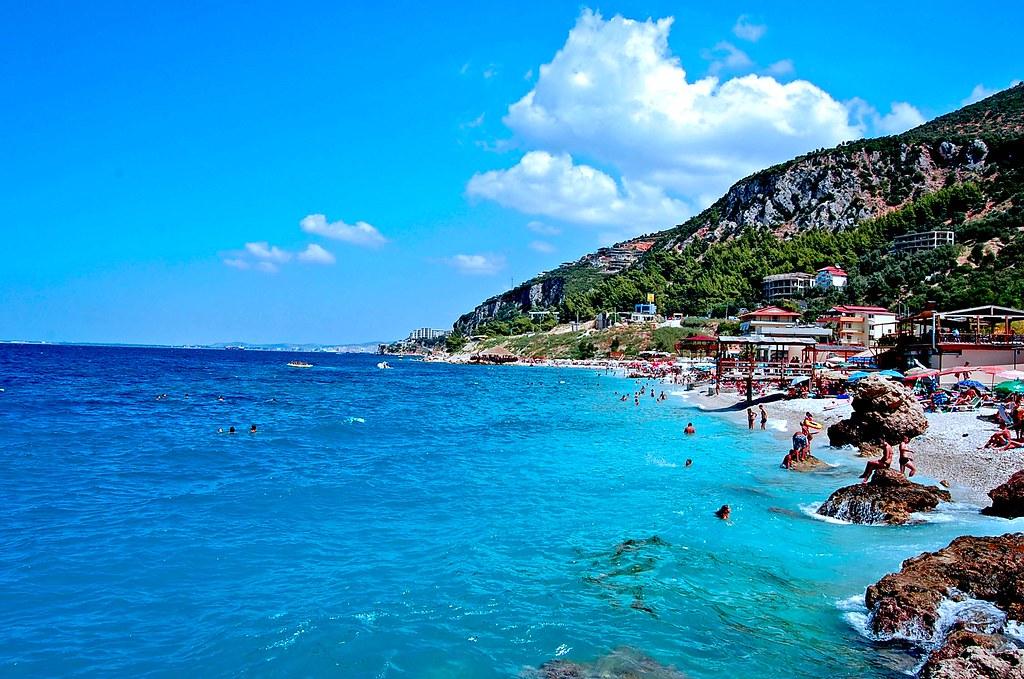 Travel to Vlore in Albania   viajeras.com