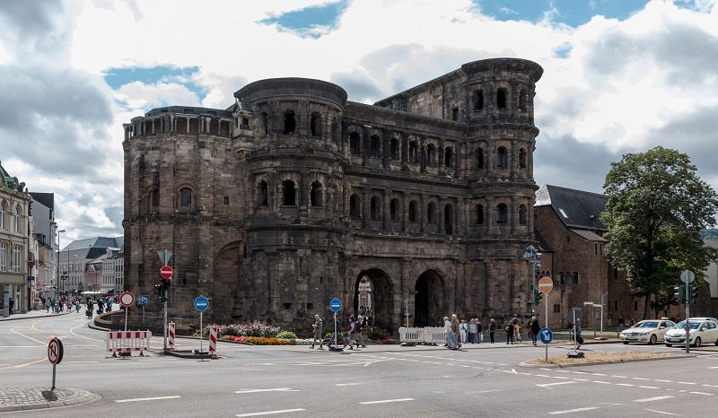 Monumentos romanos, catedral de San Pedro e iglesia de Nuestra Señora en Trier | viajeras.com