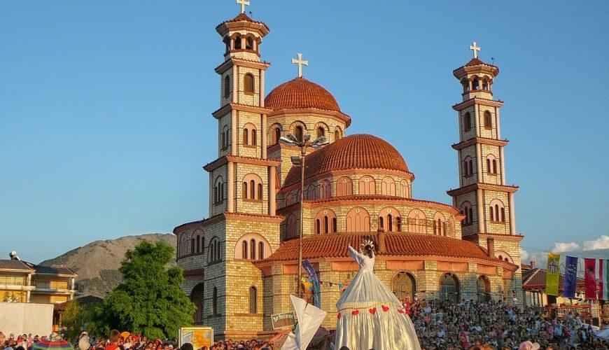 Viaje a Korce en Albania | viajeras.com