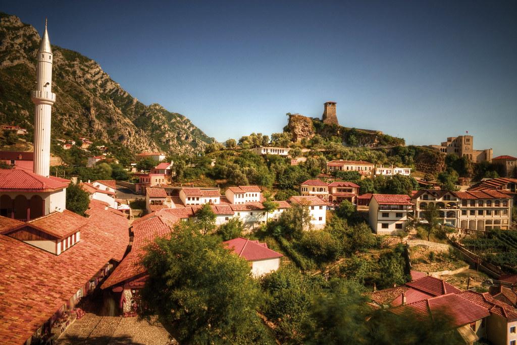 Viaje a Kruje en Albania   viajeras.com